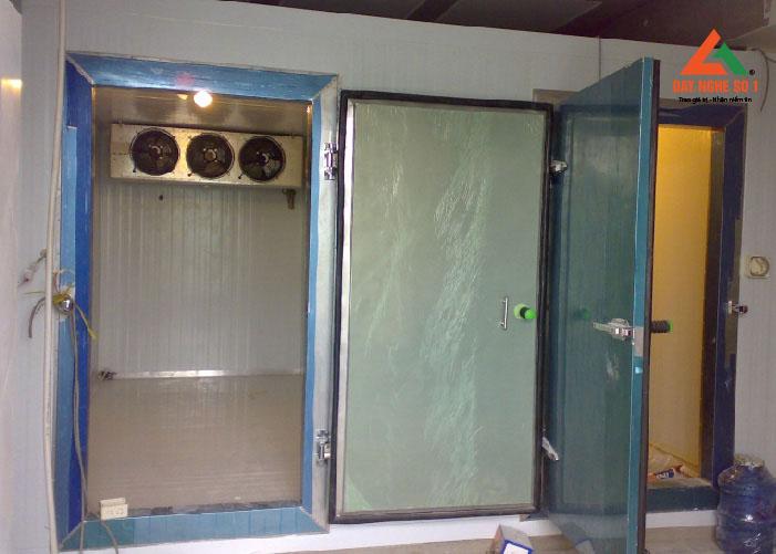 Dạy nghề sửa chữa kho lạnh